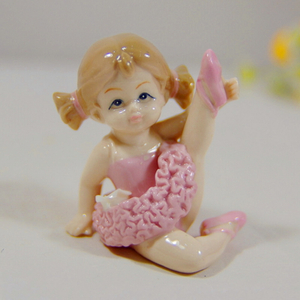 Hot New Products Porcelain Ceramics Dancing Girl Figurine