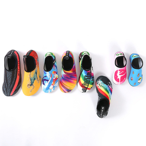 Custom Made Yoga Shoes Walk on Water Shoes Swim Pool Beach Aqua Water Shoes Made in China