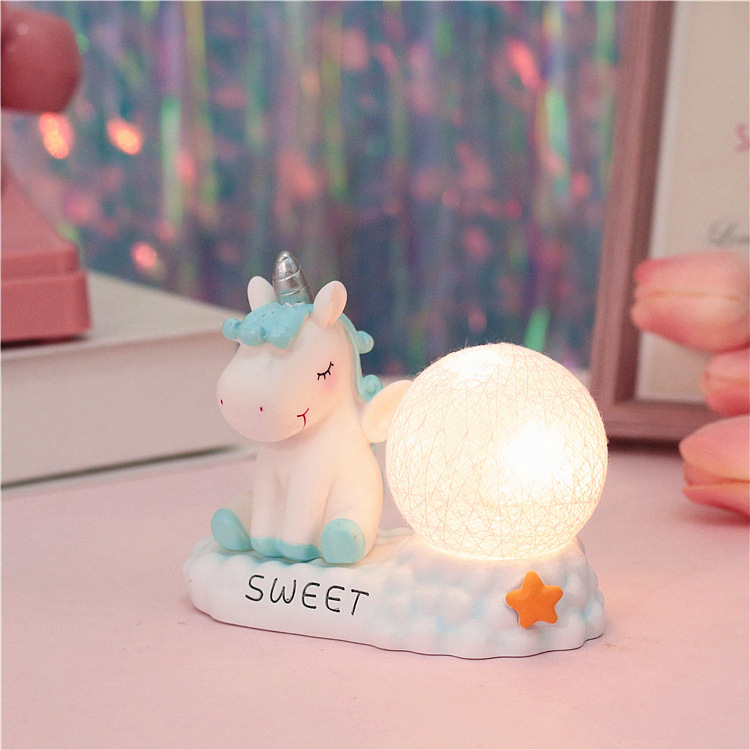 Polyresin Promotion Gifts Christmas Snowdome 100mm Decoration Snow Globes For Kids