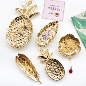 Home Decoration Real Gold Line Heart Pattern Ceramic Ring Holder Dish for Jewelry