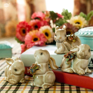 Wholesale Cheap Funny Ceramic Rabbit Figurine Decor for Home