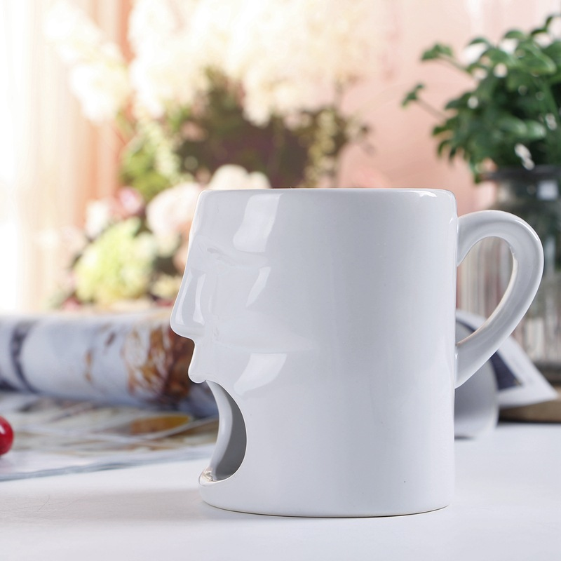 Funny Figure Shape Cheap Tea Mug Tea Bag Biscuit Holder White Modern Coffee Mug with Cookie Holder