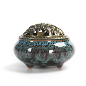Antique Ice Crack Porcelain Aromatherapy Diffuser Incense Burner with Copper Cover