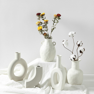 Customized round home decor cheap new model modern geometric ceramic flower vases porcelain vase